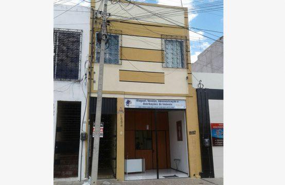Quitinete na Rua Coronel Diogo Gomes, N° 1694  – Centro
