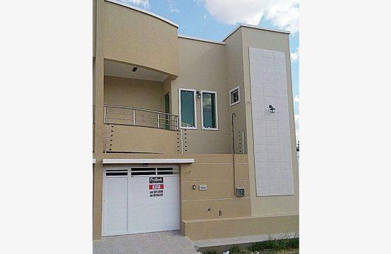 Casa Duplex na Rua Radialista Francisco Aristeu Barbosa, 227 – Domingos Olímpio