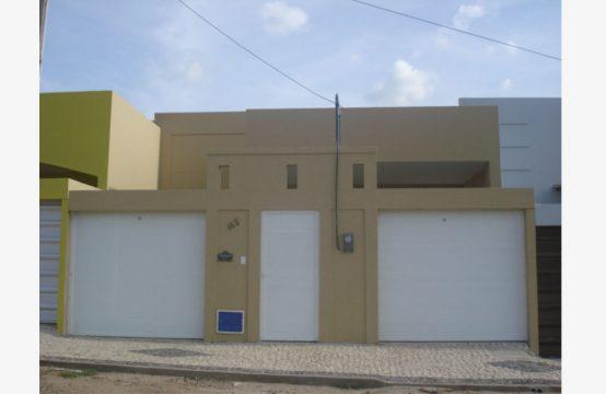 Casa na Rua 05, 163 – Renato Parente